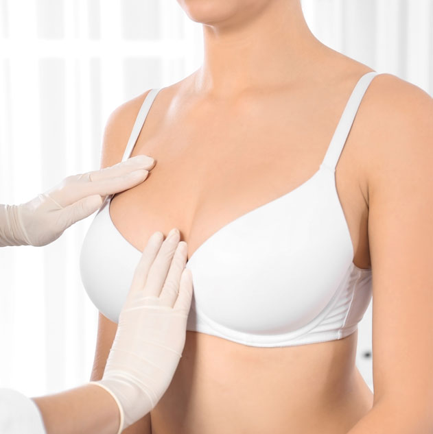 hypertrophie-mammaire